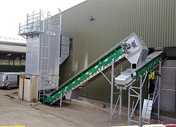 Motiv: Finished installation of the complete conveyor system from the parts silo to the rotting hall